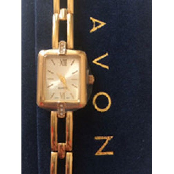 Дамски часовник с цирконий