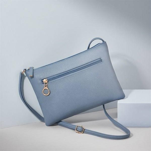 Дамска чанта през рамо Essentia...